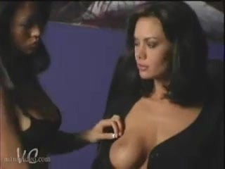 Free download & watch nicole oring and crissy moran seducer by night         porn movies