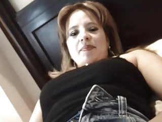 Claudia De Guatemala Abre Su Panocha Dice Hola