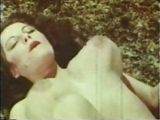 GG Loop - She's Remarkable - Vintage Porn