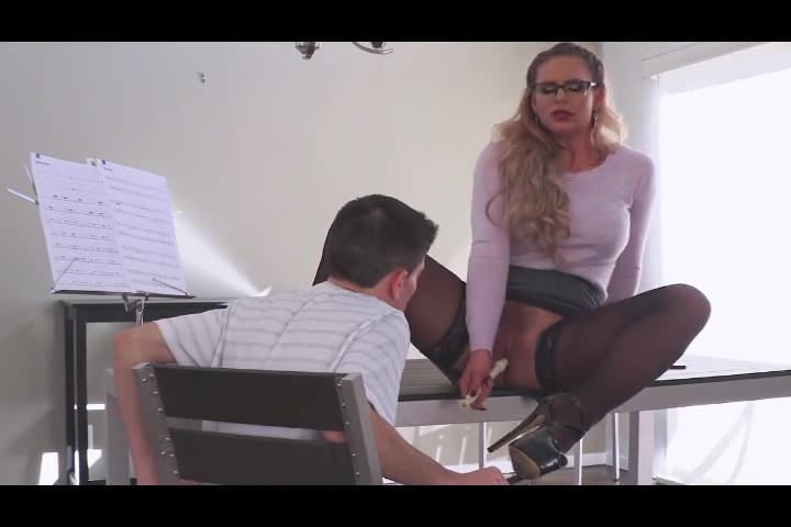 Free download & watch hardcore high notes phoenix marie         porn movies