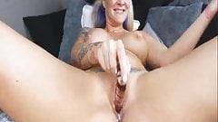 Amateur Babe Use Dildo to Satisfy Herself