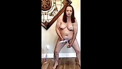 Slut Ann standing self fuck