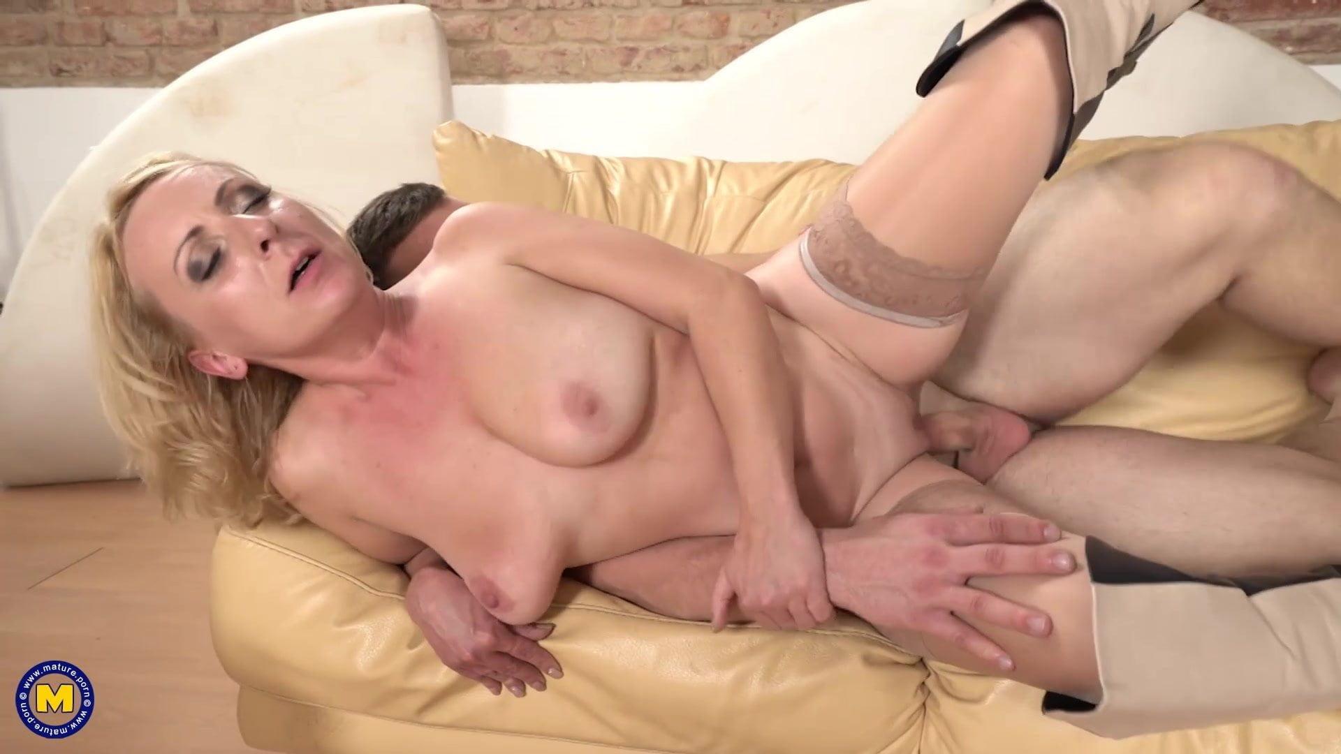 housewife seduce boy