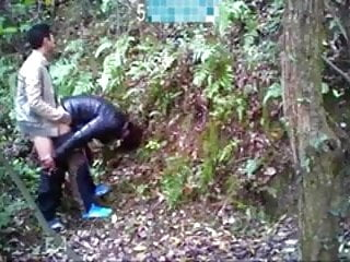 Gay Asians fuck in the woods