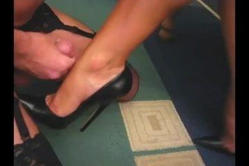 Mature pantyhose porn video