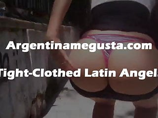 What a white fat round latin ass! Perfect! Huge Boobs! Flash