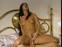 Paula Brasile - La Ragazza del clan (1995)