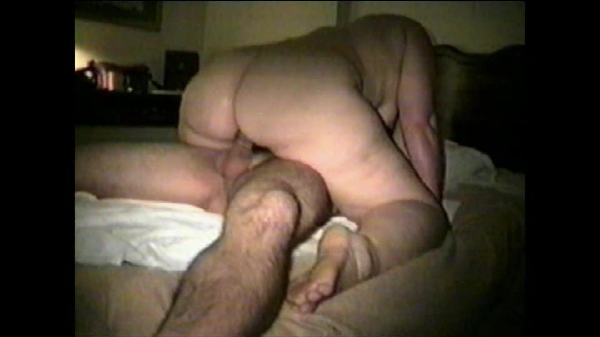 Муж жена незнакомец видео порно