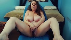 Amazing fat mommy Mariah Monroe with huge H cup boobs's Thumb