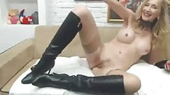 Milf in stockings & Boots fingers and cums