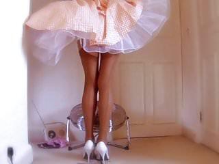Retro Dress Over The Fan Part 3