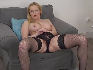 Sexy real MILF needs your hard cock