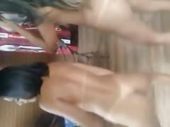 Novinhas Dancando Pelada