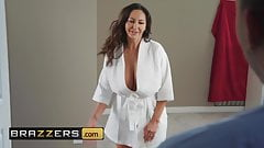 Mommy Got Boobs - Ava Addams Ricky Johnson - Seduced By His