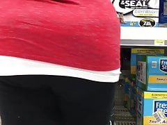 Red bbw in leggings 4