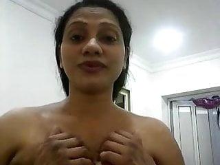 Srilankan milf teasing