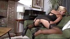 Eros & Music - MILF Play Pussy
