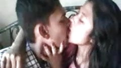 indian desi mms gf kisses desper while talking on cell phone