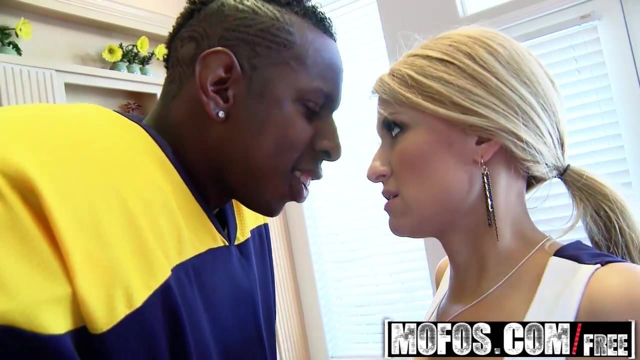 Free download & watch mofos milfs like it black sadie sable cheerleader fant         porn movies