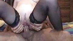 Mature anal screamer
