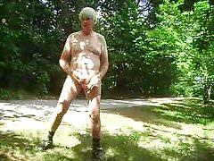 Mr Masturbate puts on a clinic, expose and masturbate