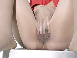 shiny Japanese pantyhose 2
