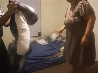 Download video bokep Milf yelling at her dum ass son Mp4 terbaru
