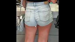 Luscious  Gal in hip hugging Jean Shorts
