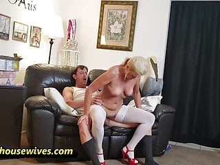 Ms Paris Rose In Vibrator Delivery