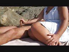 Handjob on beach! Amateur!