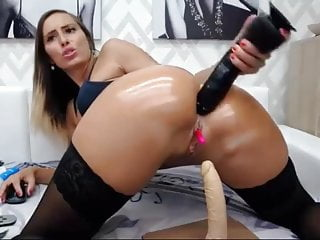 Anal Fun For Big Assed Camslut