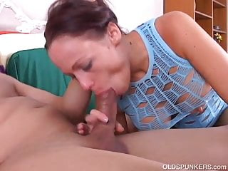 Super sexy busty MILF is an awesome fuck