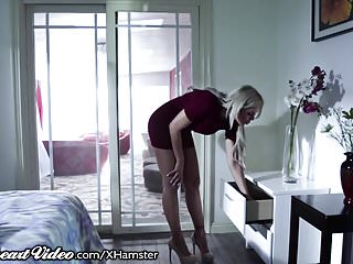 Step-Daughter Comes Out to Hot Mom Nina Elle