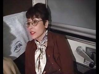 Download video bokep Sophia mature poilu sodomise dans le train Mp4 terbaru