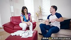 Brazzers - Mommy Got Boobs -  Putting Her Tits To Good Use s