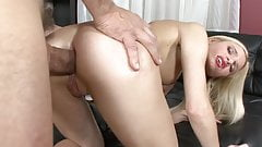 Blonde offers her holes to Italian dick