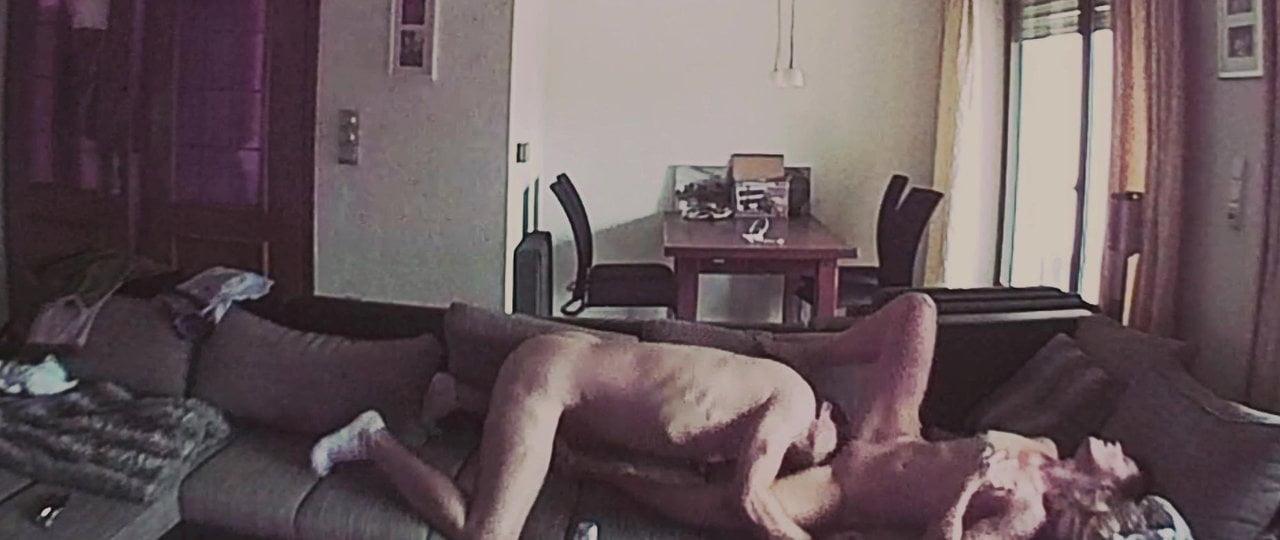 Ютуб скрытая камера эротика подсела так