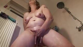 MATURE MOMMY CARESS HER BOOBIES
