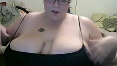 Big Natural Titted BBW orgasms on cam