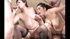 BBW-Grannies in Groupsex