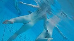 Voyeurism at the nudist swimming pool - nicolo33