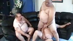 hot chub threesome