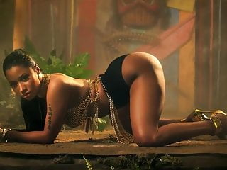 Nicki Minaj Anaconda ASS!