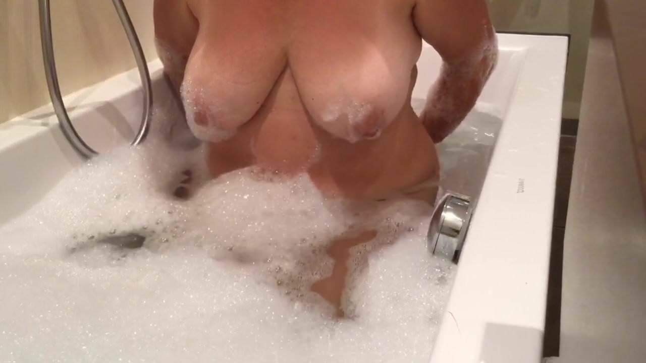 Nudeopen bath hidden, lesbian groups near maplewood nj