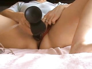 Wife masturebating