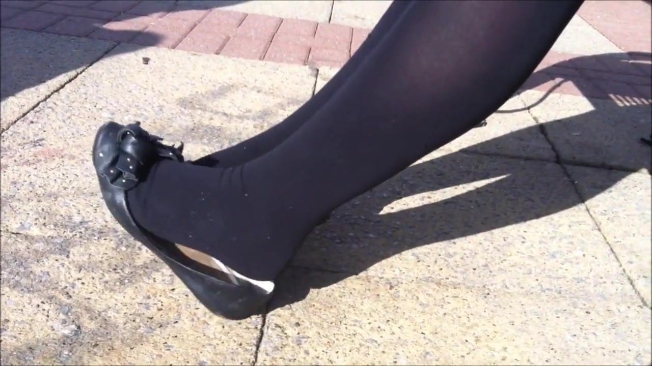 Black Pantyhose And Flats Shoeplay, Free Porn 32 Xhamster-5614