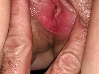 Play with my pussy