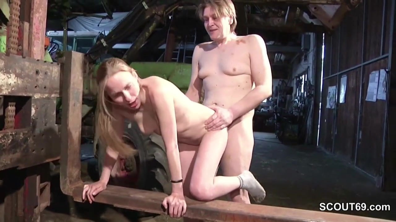 Outdoor fucked by stranger