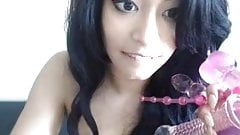 pretty lightskined babe on the webcam