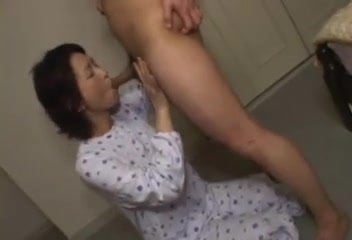 A Charming Mom is 57 Years, Free Xxx Mom Tube Porn Video